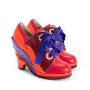 FLUEVOG | Pinup Lace-up Scalloped Wedge Shoe